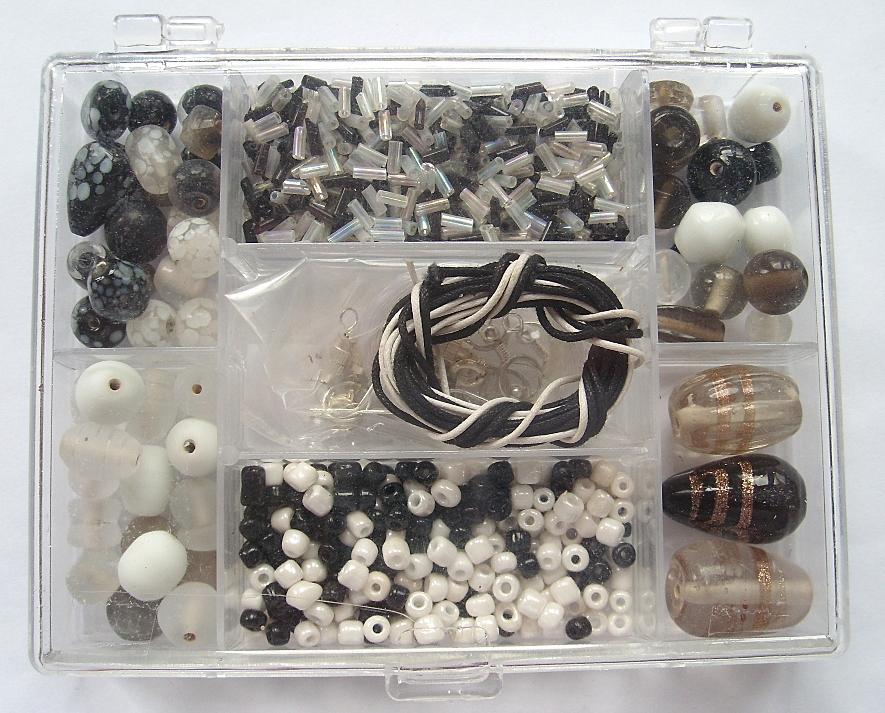 Small Jewellery Making Kit - Black & White