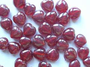 Lustred Crimson 13mm Hearts Beads x18
