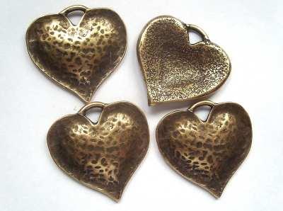 Large 45mm Dimpled Heart Pendant - Antique Gold x1