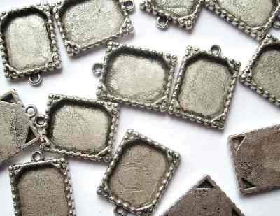 Rectangular Ornate Antique Silver Picture Frame Pendant x1