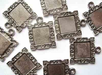 Square Ornate Antique Silver Picture Frame Pendant x1