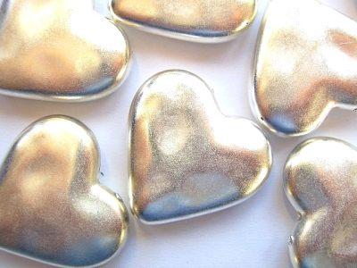 Metallised Plastic Silver Heart 25mm x1