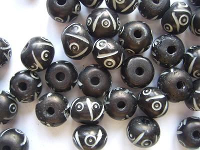 Bone 12mm Round Beads Black x1