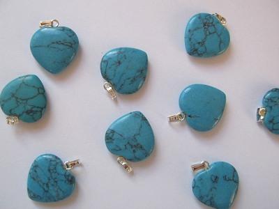 20mm Turquoise Heart Pendant x1